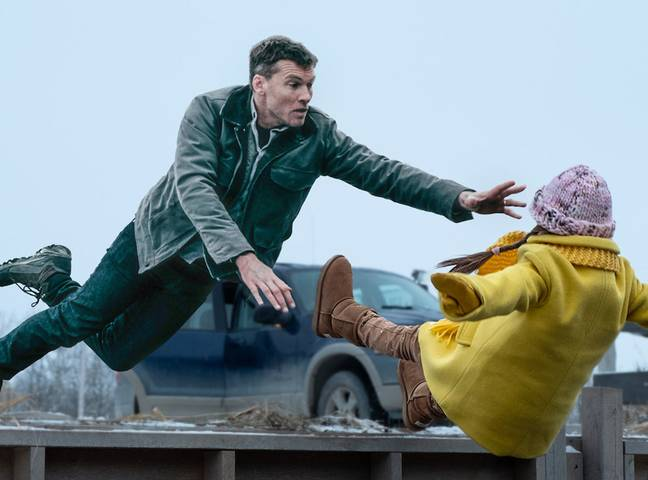 In Fractured, Ray's wife and daughter disappear after the latter is taken to hospital following an accident. Credit: Netflix