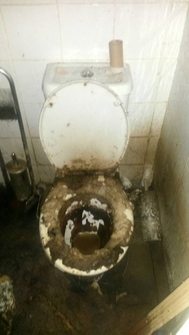 This toilet has definitely been used. Credit: SWNS
