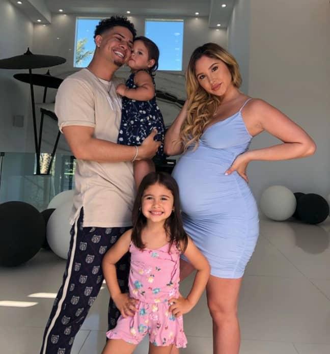 Austin McBroom with his wife Catherine McBroom and their kids (Credit: Instagram/catherinemcbroom)