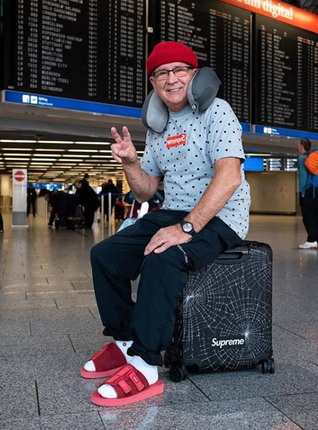 Gramps in his airport attire (we all pre-plan this outfit). Credit: Instagram/jaadiee
