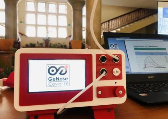 The breathalyser tests for Covid in two minutes. Credit: UGM