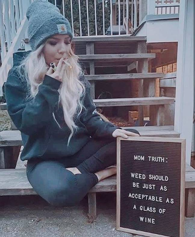 She says weed helps her to relax. Credit: Instagram