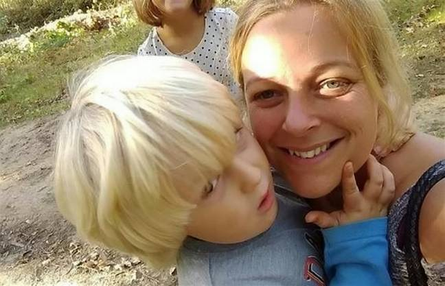 Vicky with her son, Noah. Credit: SWNS