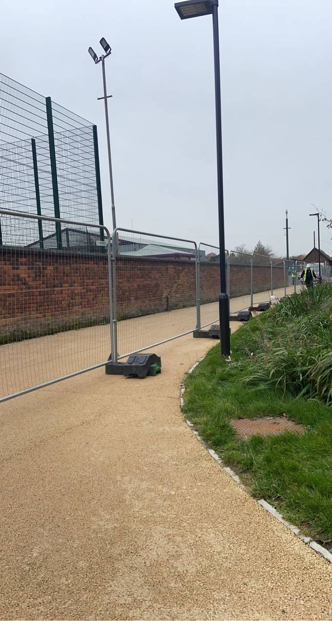 The fencing was erected without many students having been warned. Credit: Twitter/@KatieAnneYT