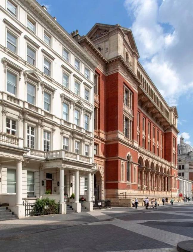 The £2m flat is situated in Kensington. Credit: Gatsby Property