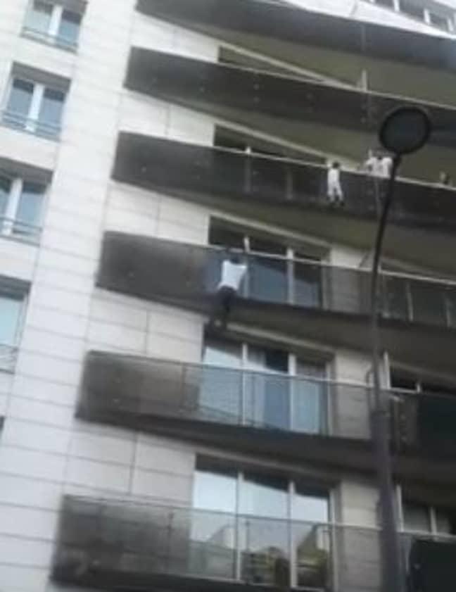 Mamoudou Gassama scaled the building without thinking twice. Credit: Twitter