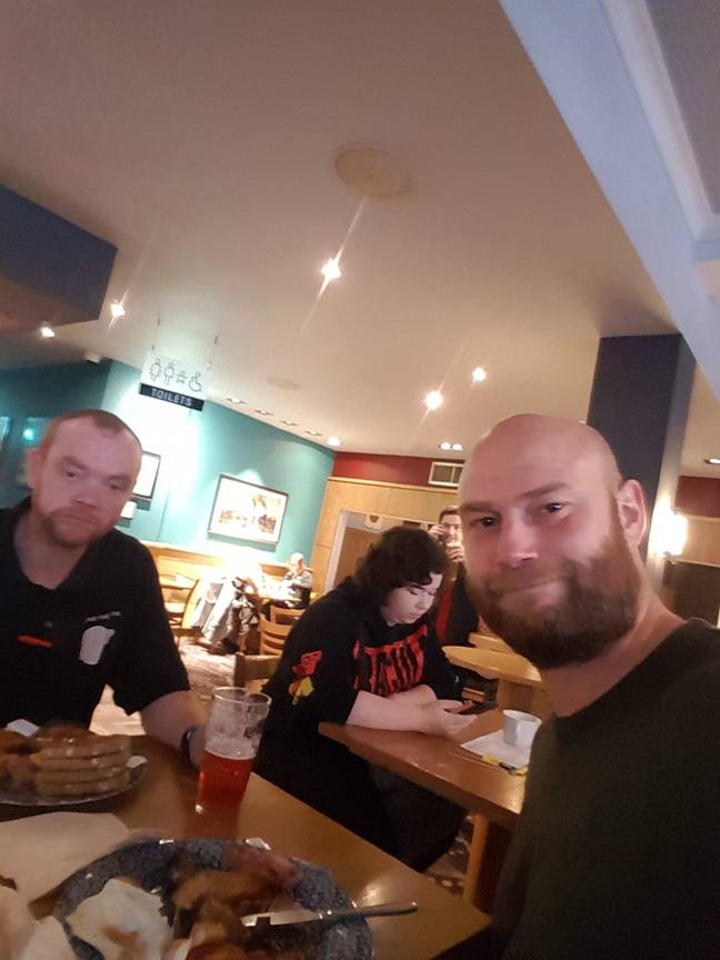 Chris Kempson and his friend in the Hull Wetherspoon. Credit: MEN Media