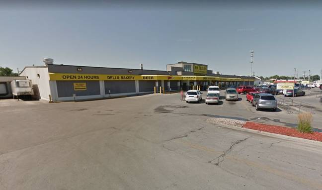 Larry Murillo-Moncada was working at No Frills Supermarket. Credit: Google Maps