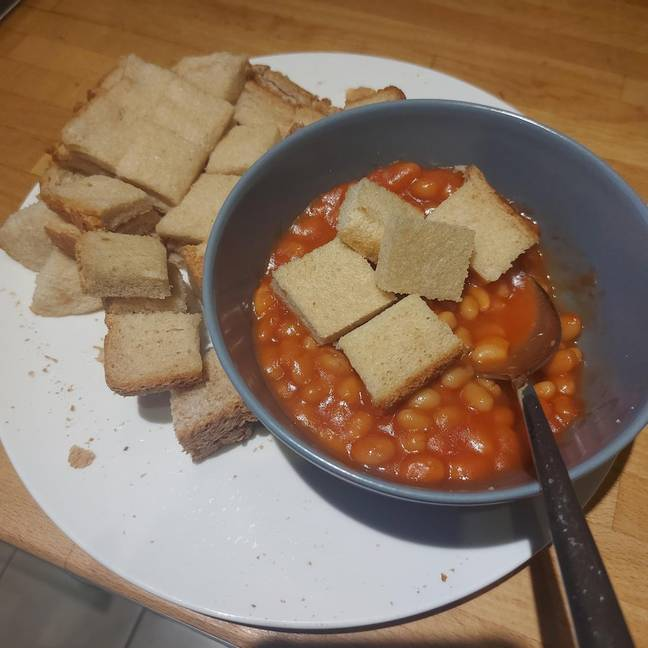 That's not beans on toast. Credit: Reddit