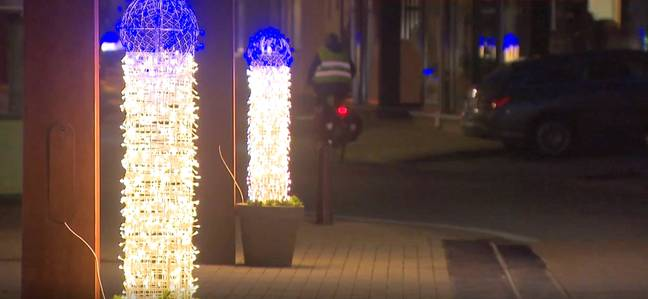 Can't beat a well-hung dec at Christmas. Credit: Newsflash