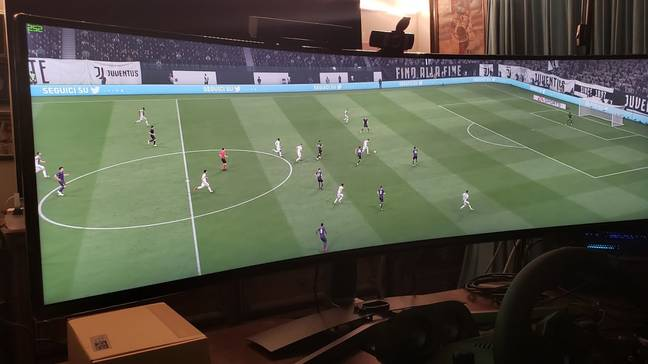 Youtuber 'MR 4K UPSCALER' has also tested playing FIFA on the Samsung C49HG90 Super Utra Wide Monitor. Image: YouTube