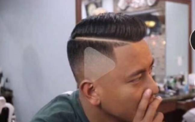 The barber thought the paused clip was what the customer wanted. Credit: Weibo/Tian Xiu Bot
