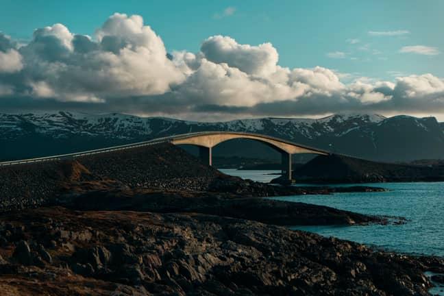 Atlantic Ocean Road, Norway. (Credit: Unsplash/Alexander Sinn)