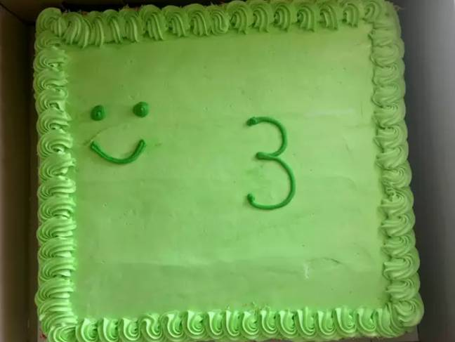 The cake Shane Hallford picked up for his son's third birthday. Credit: Caters