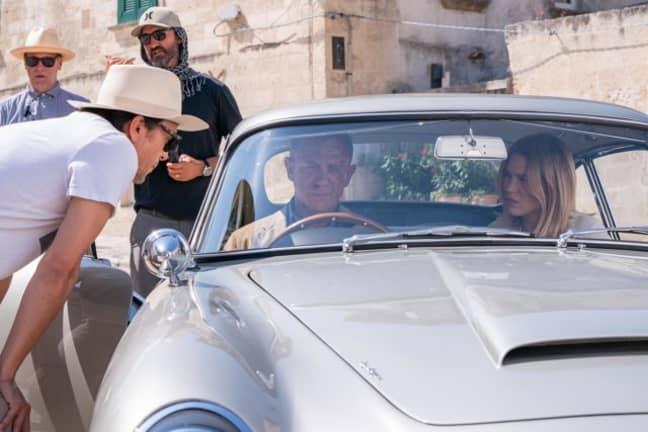 Daniel Craig on location in Italy. (Credit: 007.com)