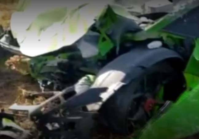 The front of the supercar was crushed in the crash. Credit: niusdiario