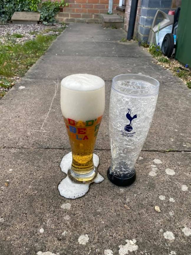 The kindly landlord has been delivering pints to residents in Aylesbury. Credit: The Watermead Inn