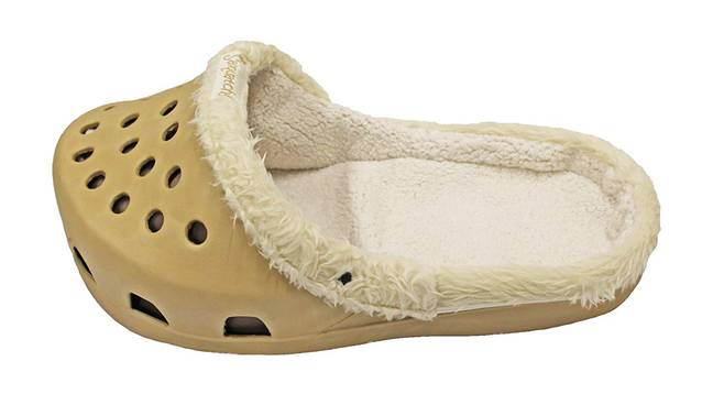 The slipper shaped beds are perfect for any pet who likes to keep cosy. (Credit: Amazon)