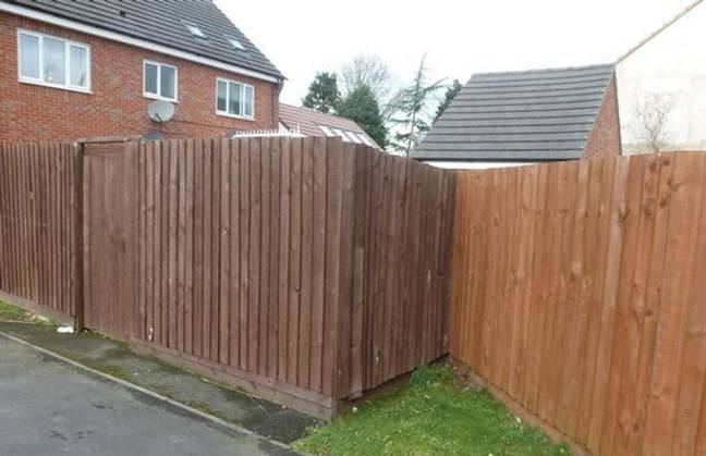 The fence the couple used to hide their 'garage'. Credit: Braby District Council