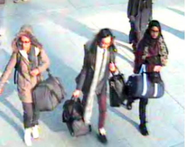 (L-R) Amira Abase, 15, Kadiza Sultana, 16, and Shamima Begum, 15, at Gatwick airport in February 2015. Credit: PA