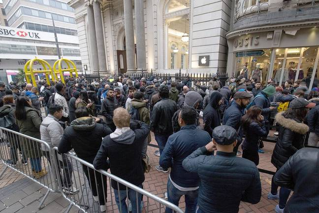 Queues in Birmingham for November's iPhone X launch. Credit: PA