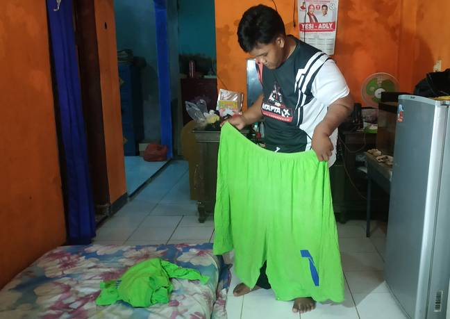 He's now 17 stone lighter. Credit: Caters News Agency