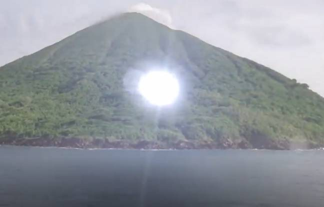 This beaming light is just heading off to an underwater alien base. Credit: YouTube/History