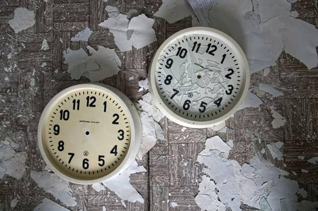 Smashed Clocks