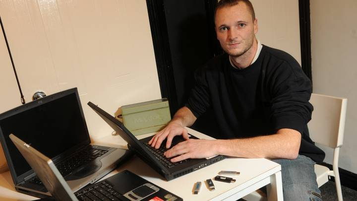 Man Who Lost Hard-Drive Containing £230m Bitcoin Fortune Offering Council £55m To Dig It Up