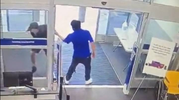 Man Claims He Was Sacked By Best Buy For Attempting To Stop Shoplifter