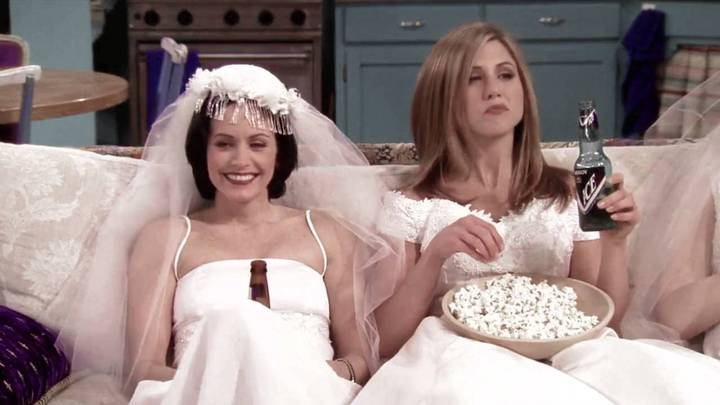 Jennifer Anniston To Be Maid Of Honour At 'Friends' Co-Star Courteney Cox's Wedding