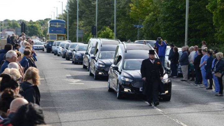 Hundreds Line Streets For Nurse And His Parents Who Died Of Coronavirus