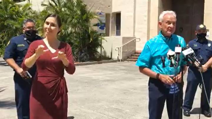 Sign Language Interpreter Translates Heckler Shouting 'F*** You' At Hawaii Mayor