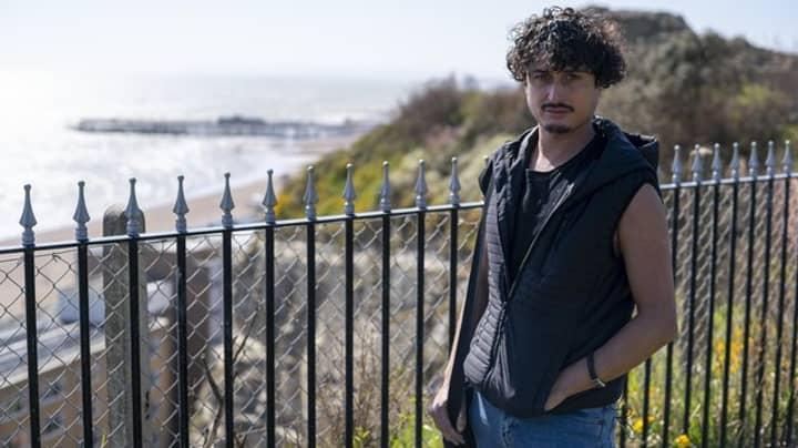 Man's 'Boyfriend' Of One Year Turns Out To Be Catfishing Woman Seeking Revenge