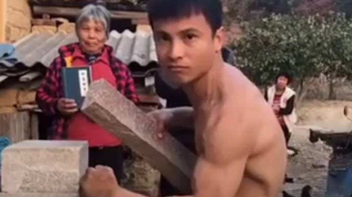 Martial Artist Demonstrates Amazing One-Inch Punch In Viral Video