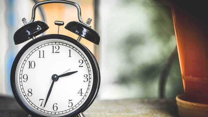 Start Preparing For Your Extra Hour Of Sleep Because The Clocks Are Going Back
