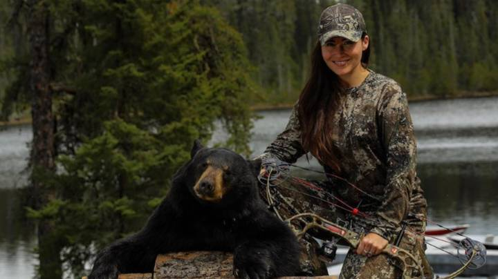 Australian Woman Becomes 'Addicted' To Hunting After Moving To US