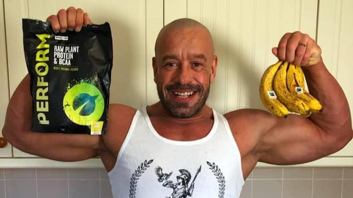 Bodybuilder Claims His New Vegan Diet Has Made His Eyesight Better