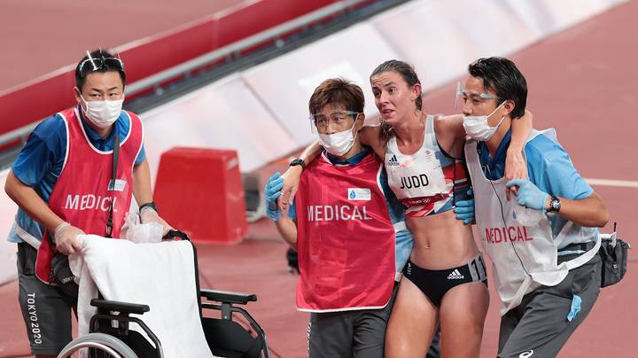 British Olympic Runner Collapses After 10,000m Final
