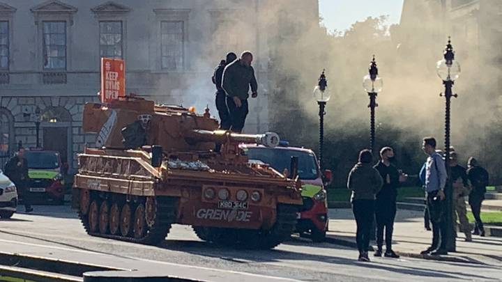 Protestors Bring Tank To Parliament In Campaign Against Lockdown Gym Closures