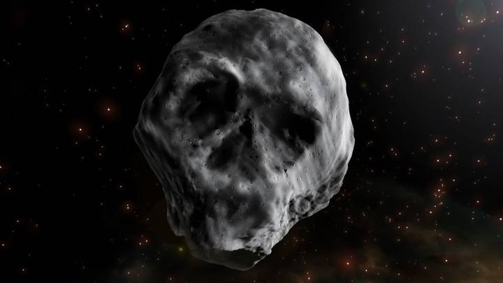 A Huge Skull Shaped Comet Is Heading For Earth (Sort Of)