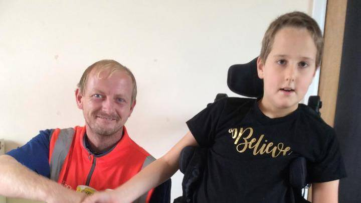 Delivery Driver LAD Saves The Day By Going The Extra Mile For Autistic Customer