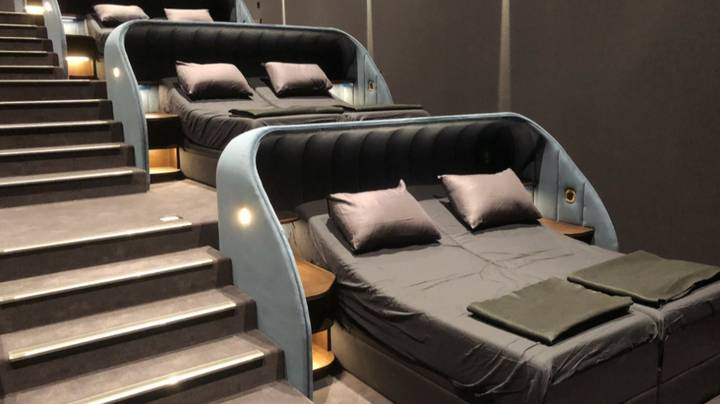 Cinema Replaces Seats With Double Beds