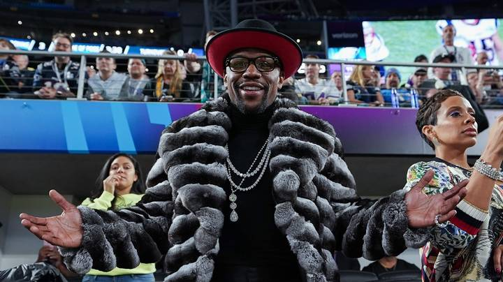 Floyd Mayweather Says He Would Come Out Of Retirement For UFC Debut