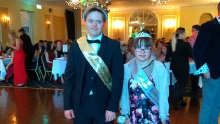Couple With Down Syndrome Crowned Prom King And Queen By Classmates