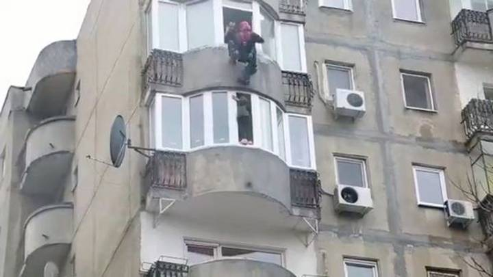 Firefighter Abseils Down Building To Save Woman Threatening To Jump