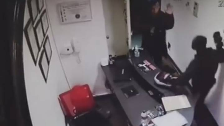 Man Breaks Into A Martial Arts School And Meets Sweet Justice