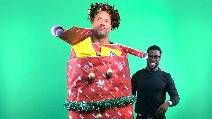 Jumanji: Welcome To The Jungle's Dwayne Johnson and Kevin Hart Dress Each Other Up With Christmas Decorations