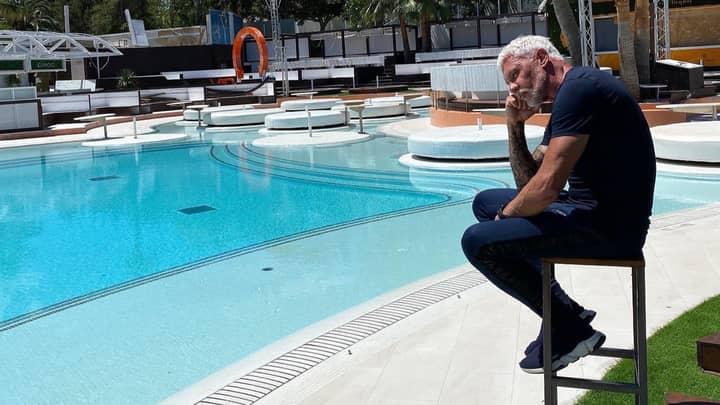 James Corden Duped By Wayne Lineker 'Old Man In Wetherspoons' Tweet