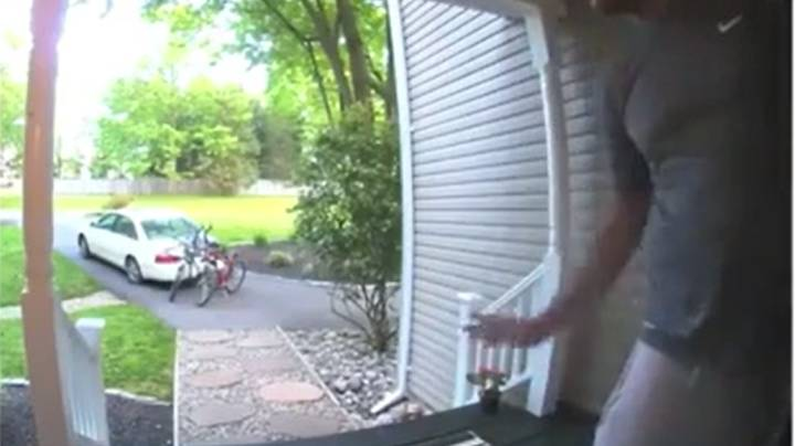 Smart Doorbell Catches Man Farting Outside Girlfriend's Parent's House